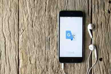 téléphone avec application google translate